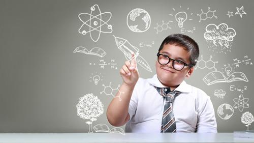 شناخت نیازهای ذهنی و رفع موانع آن ها، از عوامل مهم در پرورش فرزندان هوشمند است
