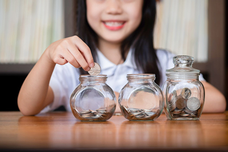 معرفی کتاب های آموزش سواد مالی به کودکان